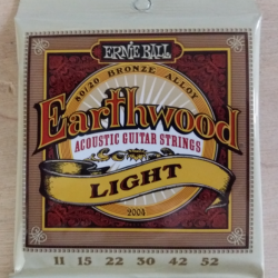 Cordes folk Ernie Ball Earthwood light 11-52