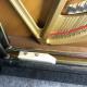 Installation système silencieux pour piano droit