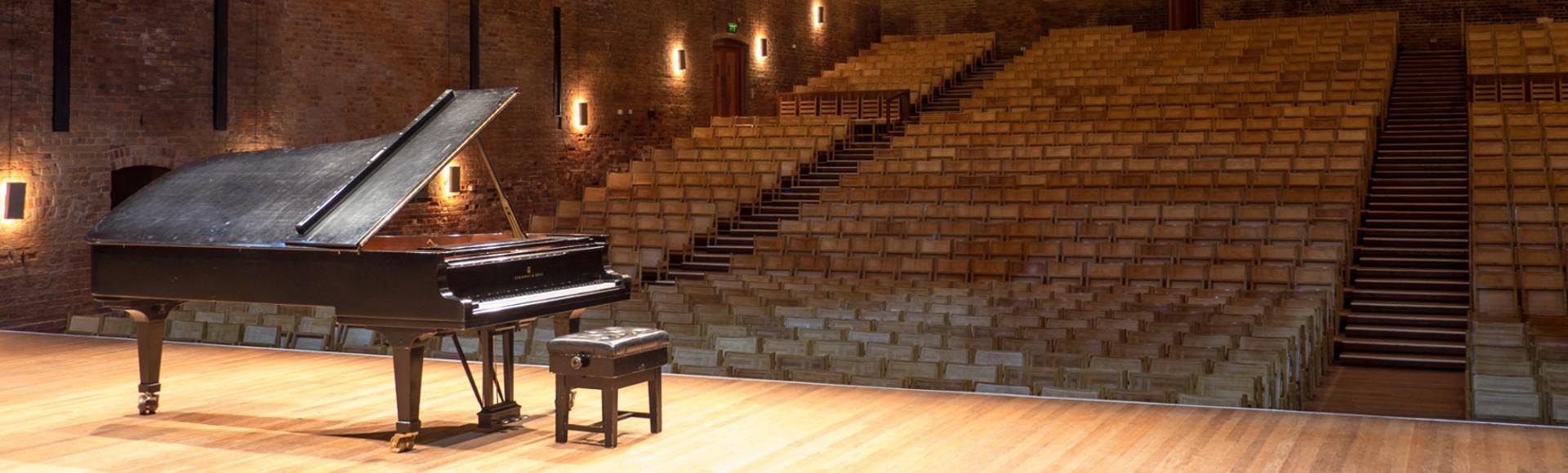 Location de pianos de concert en Bretagne